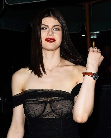 Alexandra Daddario NUDE Pics and Topless Sex Scenes 70