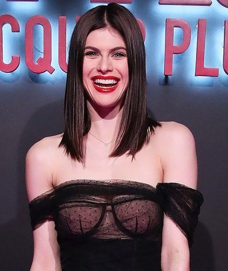 Alexandra Daddario NUDE Pics and Topless Sex Scenes 65