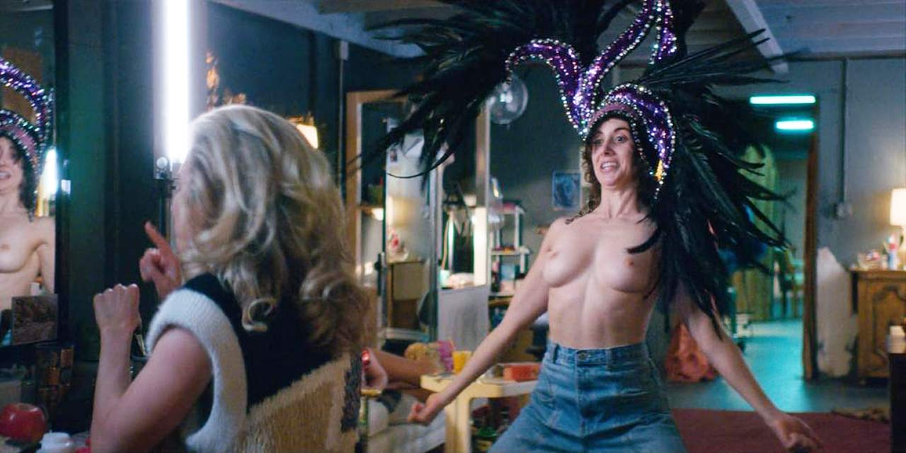 Alison Brie Sex Scandal alison brie topless scene from 'glow' - scandal planet