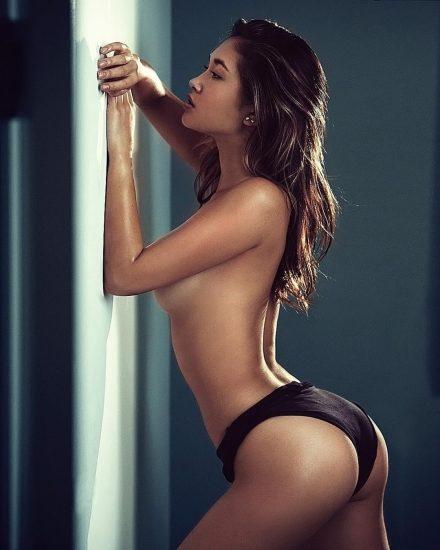 Jocelyn Chew Nude LEAKED Pics & Sexy Bikini Images 9