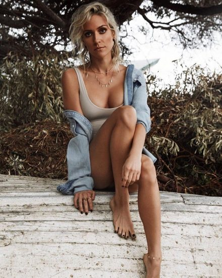 Kristin Cavallari Nude, Topless and Hot Pics Collection 64