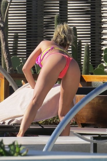 Kristin Cavallari Nude, Topless and Hot Pics Collection 79