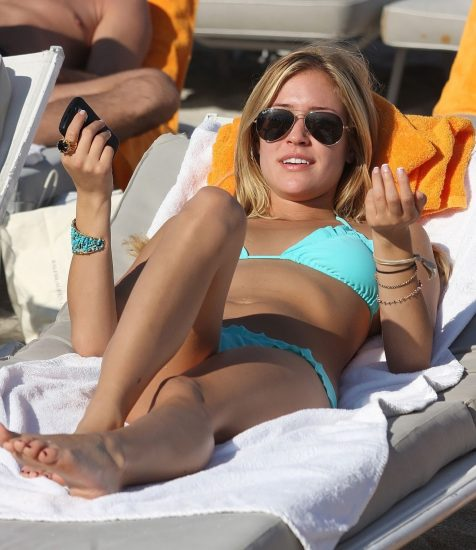 Kristin Cavallari Nude, Topless and Hot Pics Collection 87