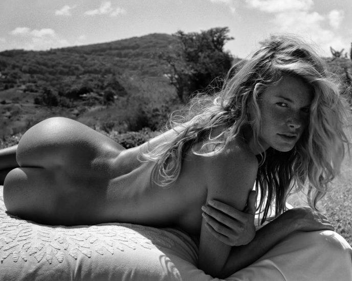 Marisa Miller Nude & Topless Pics + Sexy Scenes 42