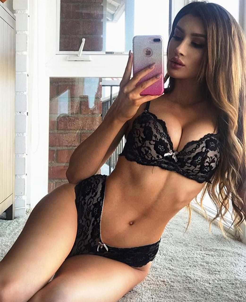 Molly Eskam Nude Leaked Videos and Naked Pics! 100