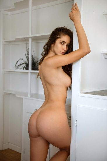 Natalie Roush hot and topless