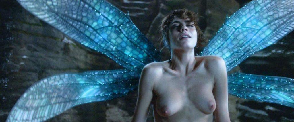 Cara Delevingne nude boobs in sex scene