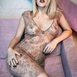 Ellie Goulding naked tits