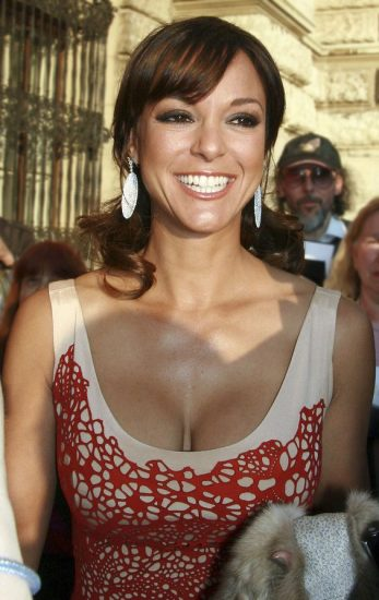 Eva LaRue NUDE, Topless & Sexy Photos Collection 25