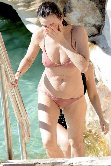 Helena Christensen Nude LEAKED Pics & Sex Tape Porn Video 89