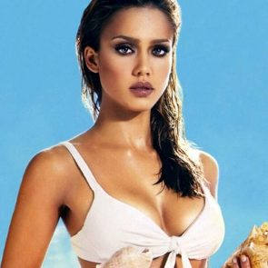 Jessica Alba Nude and Leaked Porn Video – 2020 News! 165