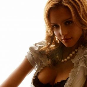 Jessica Alba Nude and Leaked Porn Video – 2020 News! 173
