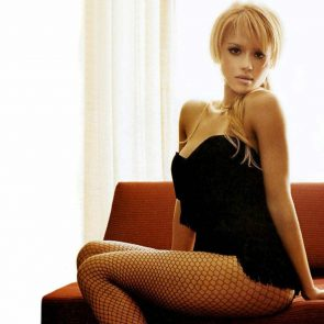 Jessica Alba Nude and Leaked Porn Video – 2020 News! 184