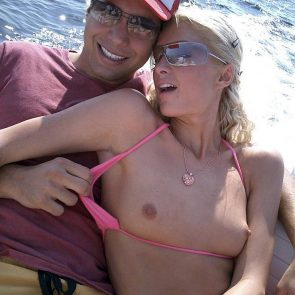 Paris Hilton Nude Pics and Famous Leaked Sex Tape 4