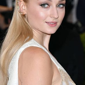 Sophie Turner Nude Pics and Porn Leaked Online [2021] 106