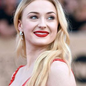 Sophie Turner Nude Pics and Porn Leaked Online [2021] 118