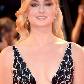 Sophie Turner Nude Pics and Porn Leaked Online [2021] 136