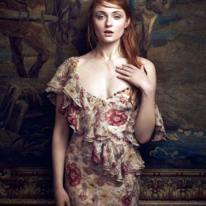 Sophie Turner Nude Pics and Porn Leaked Online [2021] 159