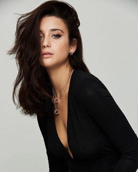 Maria Pedraza Nude & Hot Pics And Sex Scenes Compilation 63