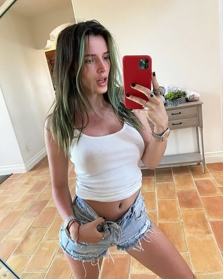 Bella Thorne Nude LEAKED Pics and Porn Video 2020 UPDATE! 44