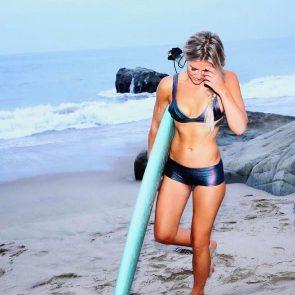 Charissa Thompsonsilver bikini