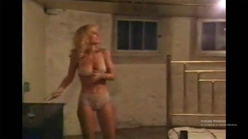 Dorothy Stratten Nude Photos and Forced Sex Scenes 28