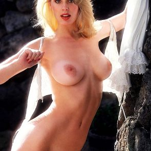 Dorothy Stratten Nude Photos and Forced Sex Scenes 14