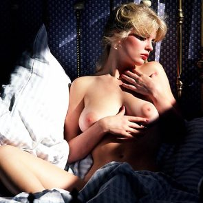 Dorothy Stratten Nude Photos and Forced Sex Scenes 13