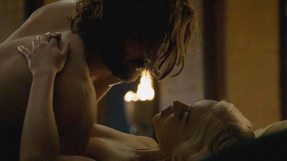 Emilia Clarke set sex scene