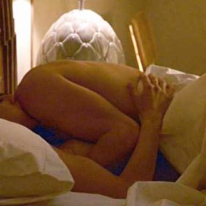 Jennifer Aniston sex in the bed