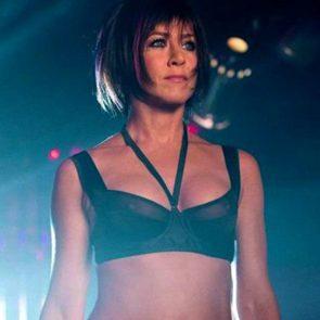 Jennifer Aniston sexy in black bra