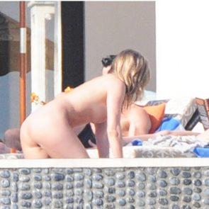 Jennifer Aniston Nude Pics, Porn and Sex Scenes [2021] 4
