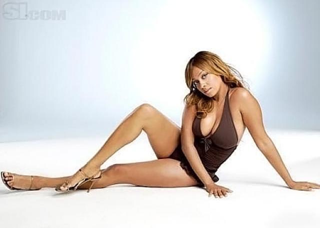La La Anthony NUDE Pics & Topless Sex Scenes Compilation 16