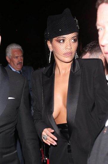 Rita Ora hot cleavage