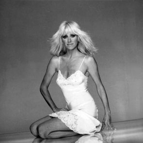 Suzanne Somers Nude Pics and Old LEAKED Sex Tape 25
