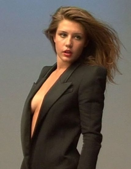 Adele Exarchopoulos Nude Pics & Topless in Sex Scenes Compilation 87