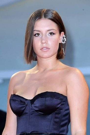 Adele Exarchopoulos Nude Pics & Topless in Sex Scenes Compilation 88