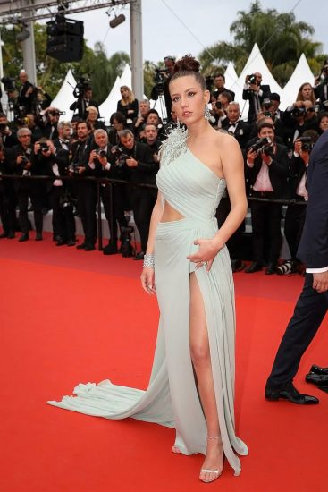 Adele Exarchopoulos Nude Pics & Topless in Sex Scenes Compilation 37