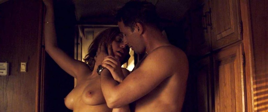 Adele Exarchopoulostopless sex scene