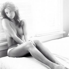 Adriana Lima naked tits