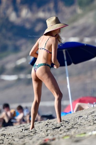 Kelly Rohrbach Nude LEAKED Pics & Private Porn Video 92