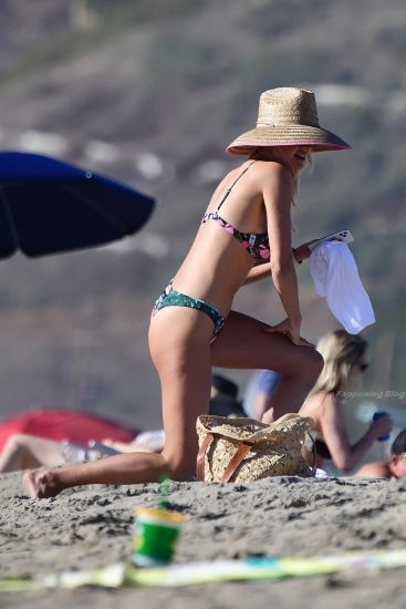 Kelly Rohrbach Nude LEAKED Pics & Private Porn Video 112