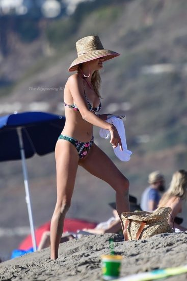 Kelly Rohrbach Nude LEAKED Pics & Private Porn Video 113