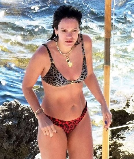 Lily Allen Nude LEAKED Pics & Porn Video Collection 31