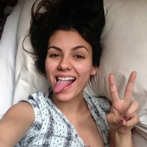 Victoria Justice hot in bed