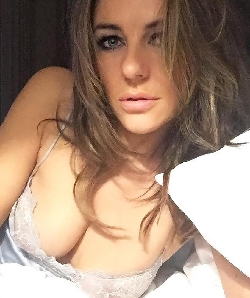 Elizabeth hurley nude vids naked photo