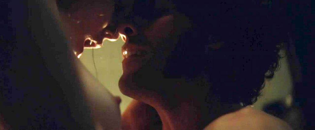 Elizabeth Olsensexy porn scene
