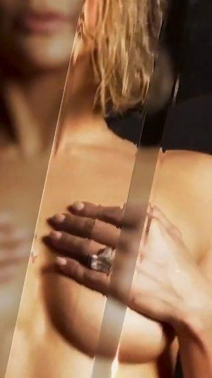 Jennifer Lopez Nude Pics and Naked Sex Videos 23