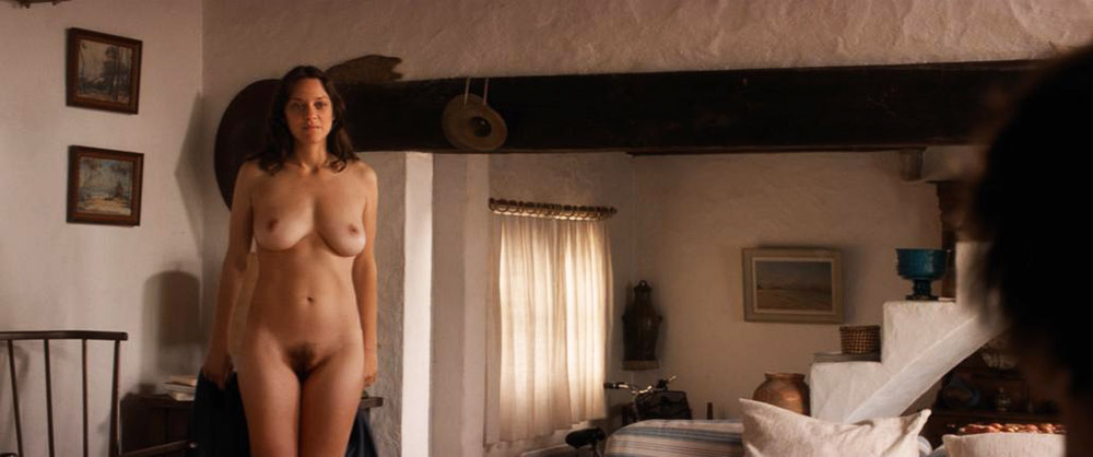 Marion Cotillard nude pussy and topless