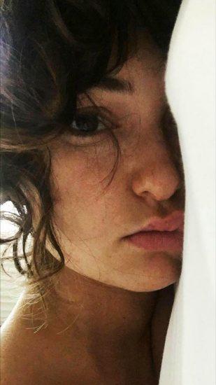 Milana Vayntrub leaked
